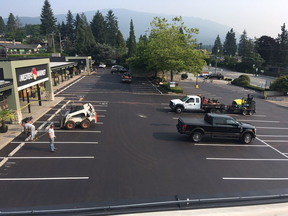 One of the well-paved commercial parking lot project by our parking lot builders